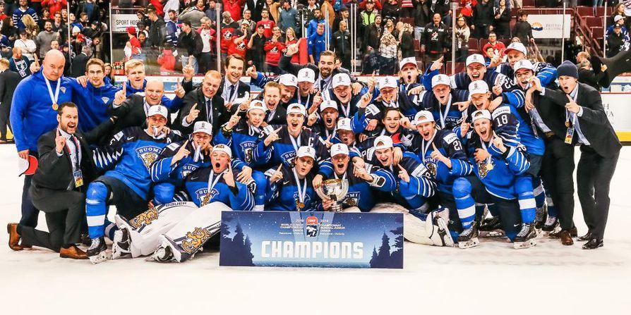 Suomi voitti jääkiekon alle 20-vuotiaiden maailmanmestaruuden sunnuntain vastaisena yönä Kanadan Vancouverissa.