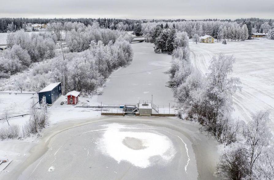 Yksi keino parantaa Laanaojan veden laatua voisi olla Oulujoen veden juoksuttaminen uomaan. Nyt välissä on Heikkilänkankaan kohdalla sjiaitseva pato. Laanaojan tilan parantamiseen mietitään keinoja ensi vuoden aikana.