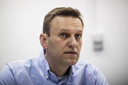 """Aleksei Navalnyi herätettiin koomasta – """"On vielä liian aikaista arvioida mahdollisia pitkän aikavälin vaikutuksia hänen vakavasta myrkytyksestään"""""""