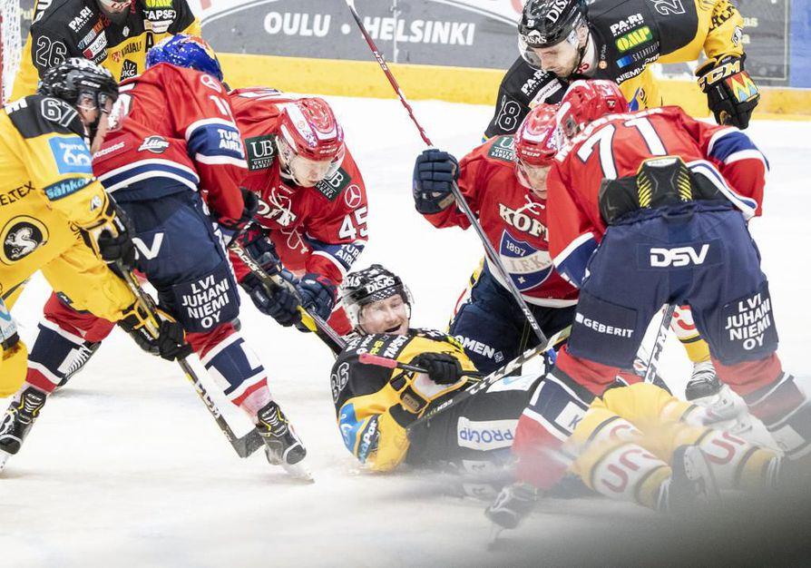 Kiekkoliigaa: Kärpät-HIFK
