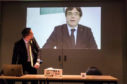 Katalonian johtajadraamassa on kaikki mahdollista – kansa jännittää, mistä Puigdemont ilmestyy esiin