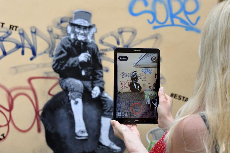 EU-puheenjohtajamaan kulttuuritarjonta yhdistää taidetta ja tekniikkaa. Graffititkin saadaan liikkumaan.