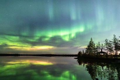 Katso Kalevan lukijoiden upeita revontulikuvia syksyiseltä yötaivaalta