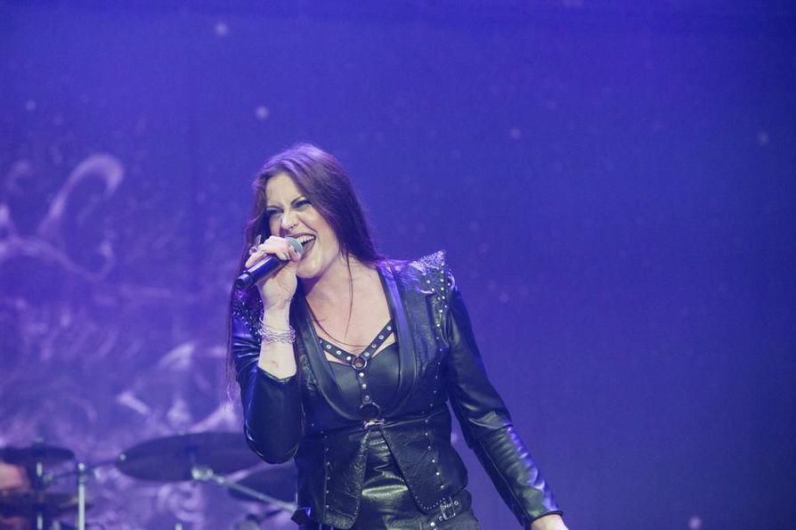 Nightwish julkaisee uuden levyn 10. huhtikuuta. Kuvassa laulusolisti Floor Jansen.