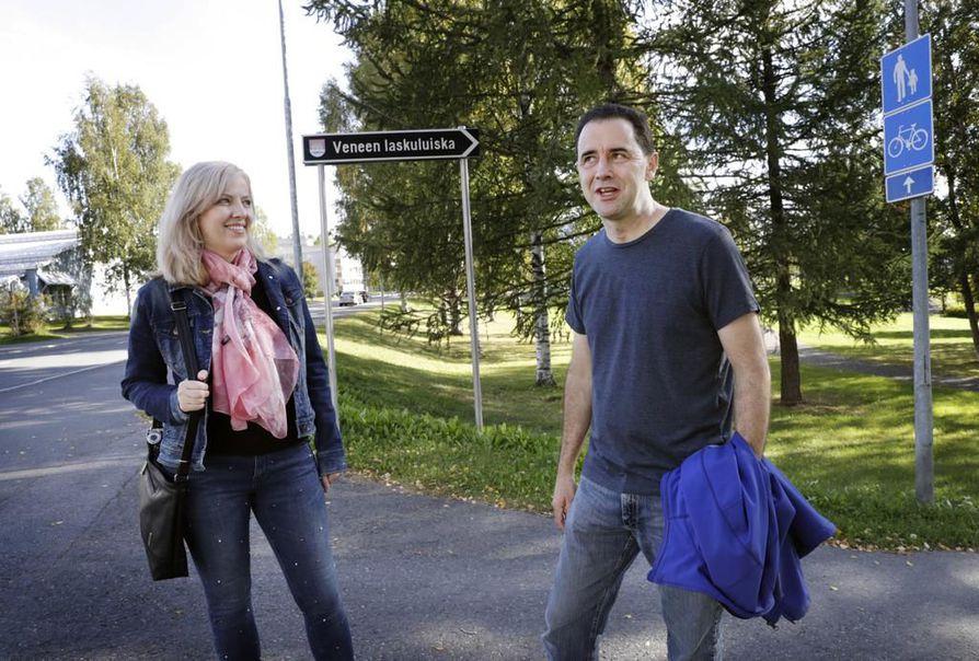 Anna ja Steven  LaValle muuttivat kesällä Ouluun.