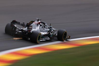 Hamilton rata-ennätyksellä paalupaikalle – Bottas hävisi tallitoverilleen ja starttaa toiselta paikalta