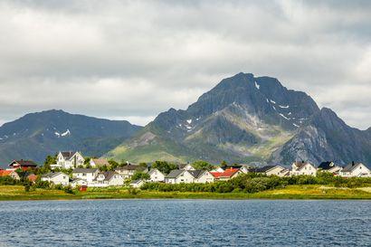 """Kesämökeilleen menneet on komennettu heti kotiin – """"Ei se ole Norjassa suositus, vaan käsky"""", tulkitsee Ålesundissa asuva Åsa Kunnas"""