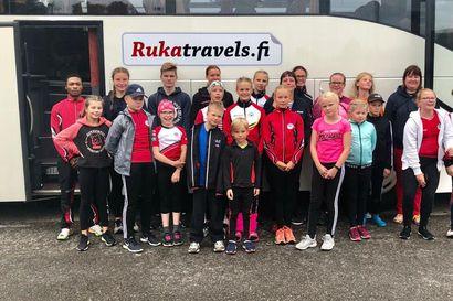 Kuusamon Erä-Veikot 25 urheiljan voimin Pohjan  Koitoksissa, Posion Pyrinnöltä mukana oli neljä urheilijaa.