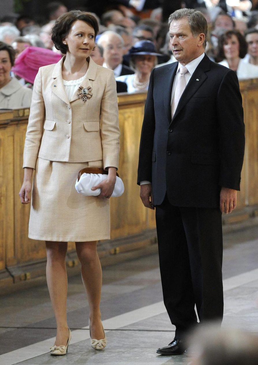 Presidentti Sauli Niinistön ja hänen puolisonsa Jenni Haukion ikäero on 28 vuotta.