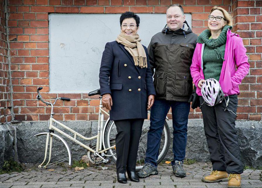Riikka Moilanen, Risto Kalliorinne ja Satu Haapanen ovat jälleen kerran valmiina kovaan vaalitaistoon ja jatkamaan kesken jäänyttä kansanedustajan uraa.