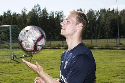 Oululainen Niklas Jokelainen palasi neljän vuoden kiertueelta takaisin kotiin – hyökkääjä haluaa auttaa AC Oulua saavuttamaan himoitun liiganousun
