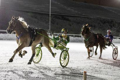 """Raviurheilun supertähti viihtyi ja loisti Rovaniemellä: """"Ravi-ilta kruunasi koko reissun"""""""