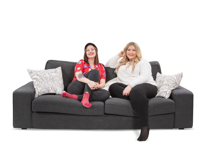 Oululaiset ystävykset Katariina ja Asta debytoivat Sohvaperunoiden yhdeksännellä tuotantokaudella.