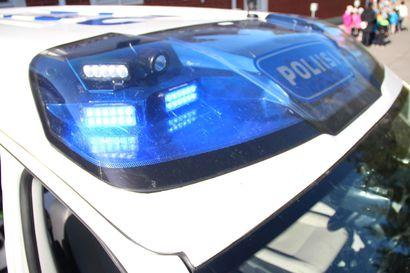 14-vuotias poika kaahasi poliisia karkuun crossipyörällä Iissä