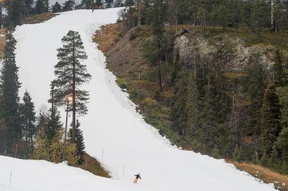 """Paikalliset lapset ovat puuttuneet vuosia Rukan rinteistä –Nyt Ruka Slalom kuljettaa, opettaa ja vakuuttaa lapset puoli-ilmaiseksi rinteeseen: """"Helpottaa perheen arkea"""""""