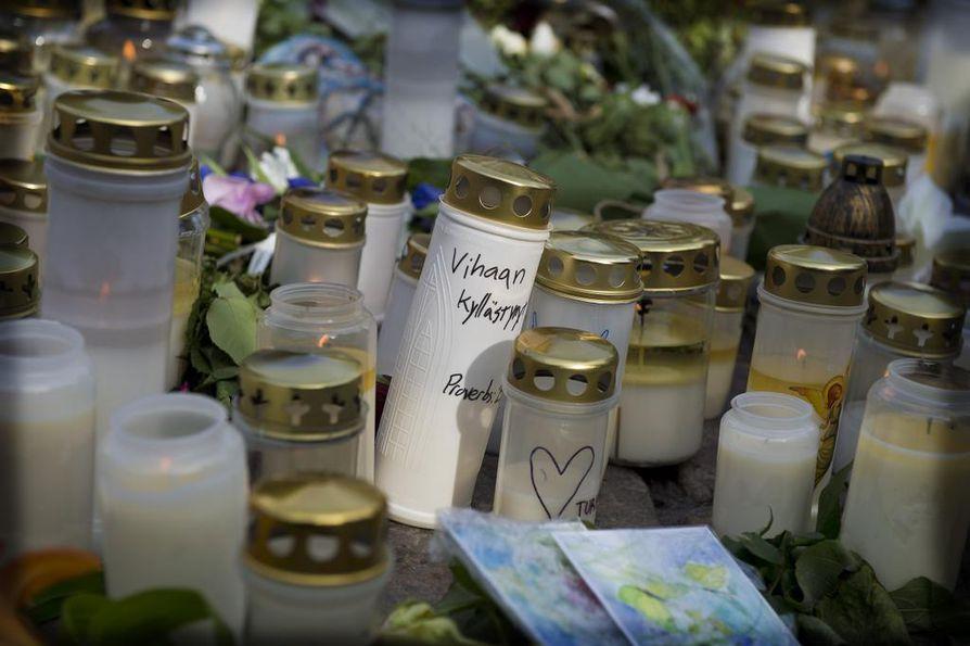 Turun kauppatorin puukotuksissa kuoli kaksi naista ja haavoittui kahdeksan.