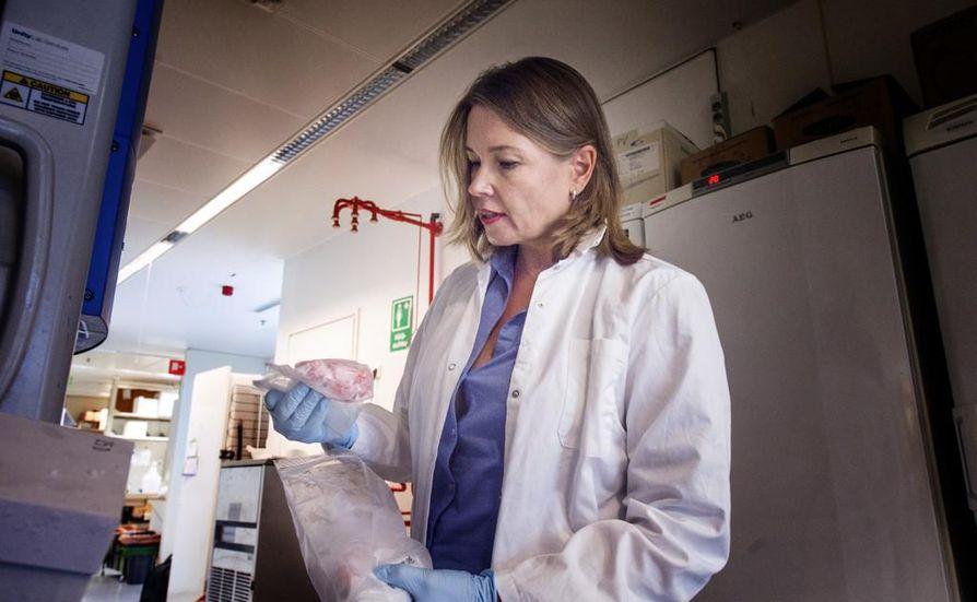 Helsingin yliopiston molekyyligenetiikan dosentin Pia Vahteriston mukaan jopa yli 70 prosentilla naisista on myoomia. Osa kasvaimista voi kasvaa kookkaiksikin. Vahteristo on pakastanut myoomakasvaimia tutkimuskäyttöä varten.