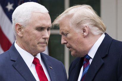 Demokraatit haluavat asettaa Trumpin virkarikossyytteeseen kansannousuun yllyttämisestä – syylliseksi toteaminen estäisi presidenttiyden tulevaisuudessa