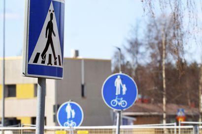 Poliisi valvoo jälleen suojateiden turvallisuutta – tieliikenteessä kuolleista jalankulkijoista joka viides uhri menehtyy suojatiellä