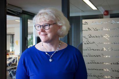Kotimaisten kielten keskuksen uuden johtajan Leena Nissilän mielestä on hienoa, että äidinkieli on suomalaisille niin rakas, että siitä ollaan jopa huolissaan