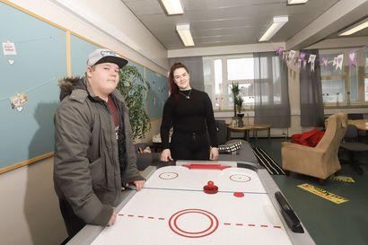 Raahen Porvari- ja Kauppakoulu tukee valmistumista hyvällä fiiliksellä