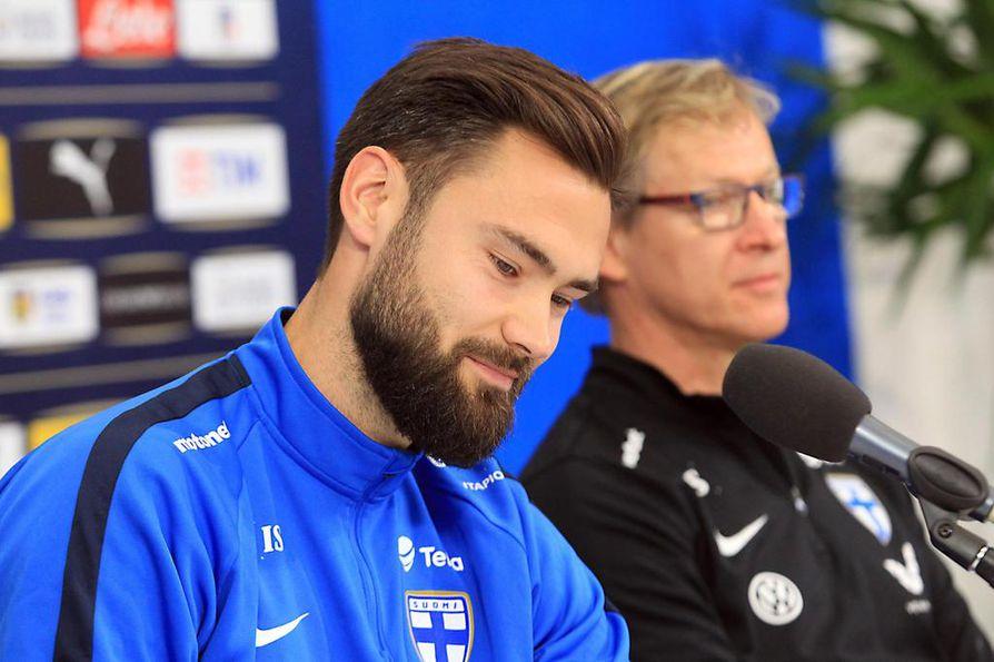 Tim Sparv johdattaa Suomen maajoukkueen torstaina Kreikan kimppuun.