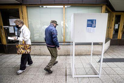 Kansanedustajat pois aluevaaleista