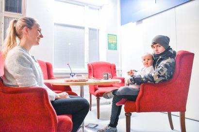 SPR etsii ystäviä pakolaisille - yhteinen ajanvietto voi olla kylästelyä, ulkoilua tai jokin molemmille mielekäs harrastus