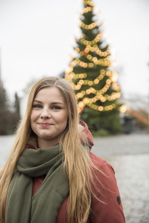 """Tamperelainen Meri Suominen jäi aikoinaan lukiosta puoleksitoista vuodeksi pois: """"Suorittamalla koulun loppuun osoitin itselleni, että osaan ja pärjään. En ollut tyhmä sen takia, että olin masentunut. Se oli se isoin juttu."""""""