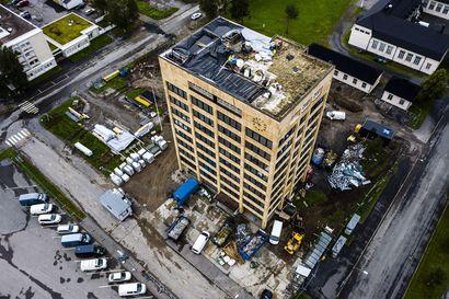 Tornion kaupungintaloa korjataan 7,9 miljoonalla eurolla –Henkilöstö työskentelee väistötiloissa ensi syksyyn asti