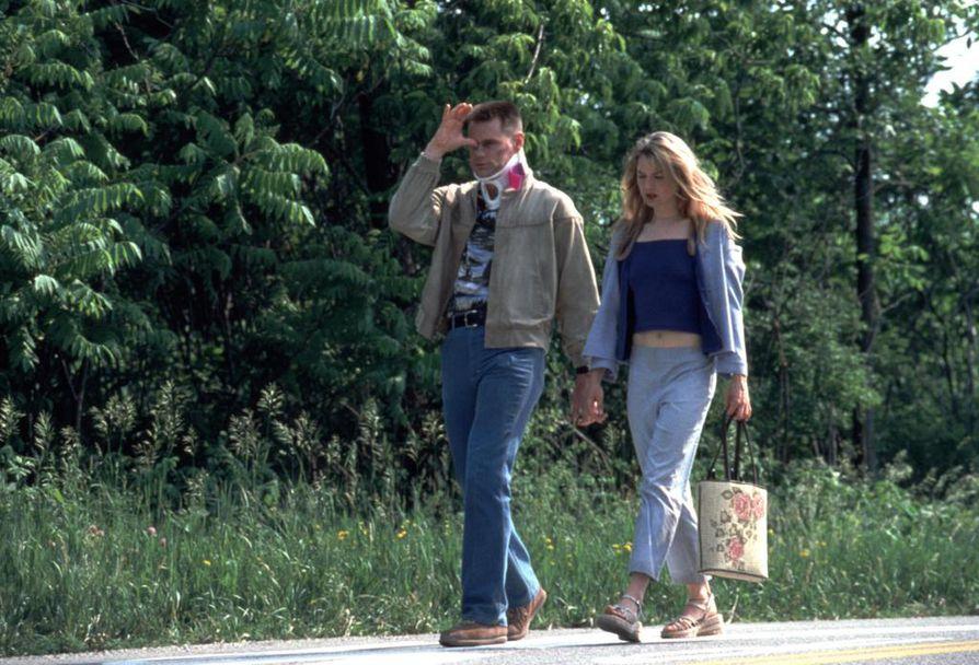 Me kaksi ja Irene on romanttinen komedia poliisista, jolla on kahtia jakautunut persoonallisuus. Pääosissa ovat Jim Carrey ja Renée Zellweger.