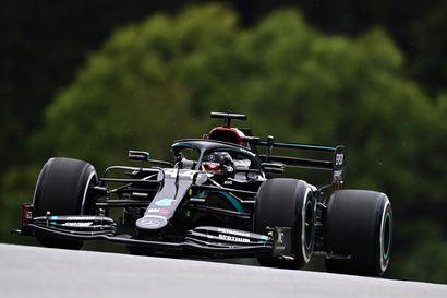 """""""Nautin jokaisesta kierroksestani"""", hehkutti Valtteri Bottas formula-avausta. Mercedes oli omassa luokassaan Itävallan harjoituksissa"""