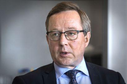 """Perussuomalaisten vaihtoehtoehtobudjettia ryöpytettiin ankarasti valeluvuista: """"Aukko puoli miljardia"""""""