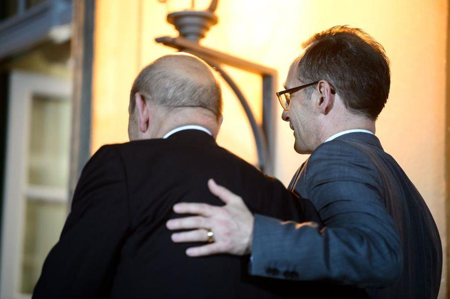 Ranskan ja Saksan ulkoministerit Jean-Yves Le Drian ja Heiko Maas valoivat optimismia Ukraina-neuvotteluihin, jotka päättyivät käytännössä tyhjään.