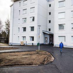Suomen ensimmäinen aso-talo valmistui Rovaniemelle 30 vuotta sitten – nyt se remontoitiin, ja sama tarve olisi muuallakin, kunhan rahaa riittäisi