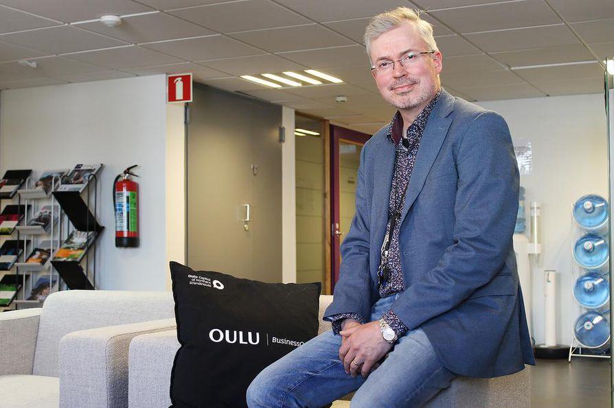 Yrityspalvelujen päällikkö Jarmo Lauronen haluaa, että BusinessOulu on paikka, jossa työnhaku ja yritysten työvoiman tarve voivat kohdata.  Myös tässä on suunnitelmissa käyttää apuna digitaalisuutta.