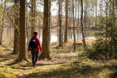 Kävely on tämän hetken trendilaji - Suomen kampanjassa on pian kävelty matka maasta kuuhun