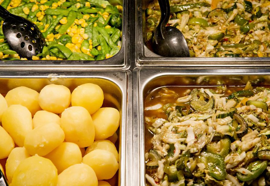 Luonnonvarakeskuksen tutkijan mukaan ravitsemus pitäisi ottaa mukaan ruuan ympäristövaikutusten arviointiin.
