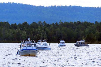 Inarijärven kalastusluvat myytiin loppuun kesken sesongin ensimmäistä kertaa historiassa – Kalastus on ollut Lapissa poikkeuksellisen suosittua jo kaksi vuotta peräkkäin