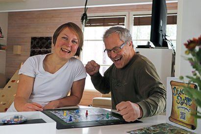Uusi peli vie hauskalle tutkimusmatkalle matkailijat ja paikalliset – näin Ljubov sai idean Discover Syöte -lautapelistä