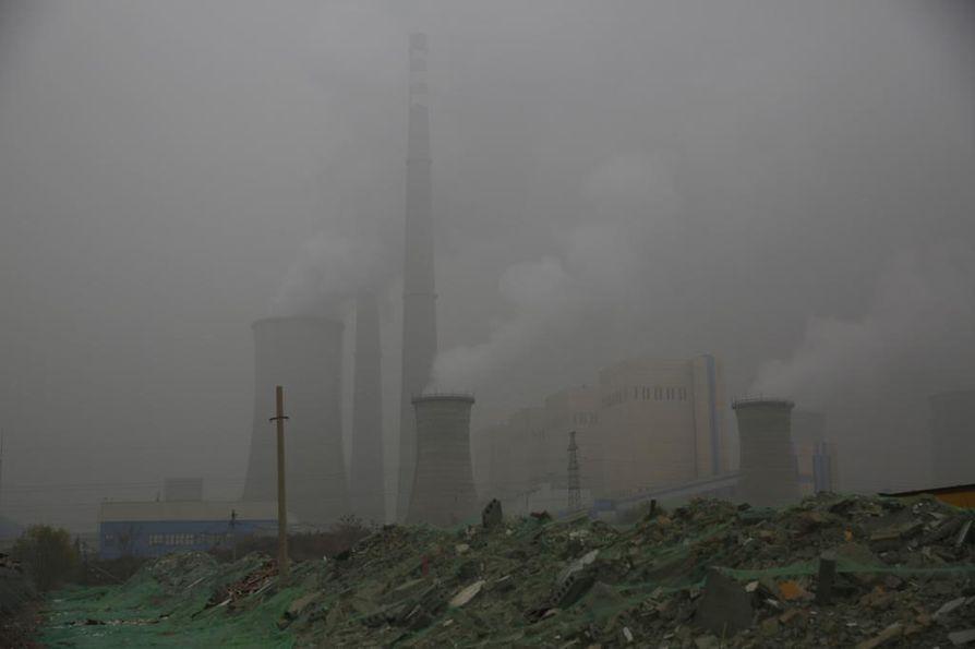 Ilmanlaatu on Kiinassa jopa ilmastoa suurempi syy esimerkiksi hiilivoiman hillitsemiseen. Maan klaikki sähköntuotanto siirtyy päästökauppaan runsaan vuoden kuluttua. Valtioiden sisäiset päätökset ovatkin oleellinen osa globaaleja päästövähennyksiä, eikä kaikki ratkea ilmastoneuvotteluissa.