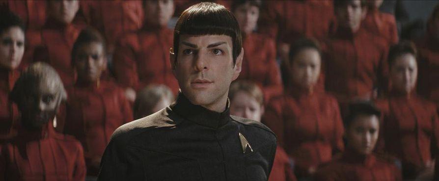 Star Trekissä Spockin roolissa nähdään Zachary Quinto. Elokuva sai neljä Oscar-ehdokkuutta ja yhden Oscarin.