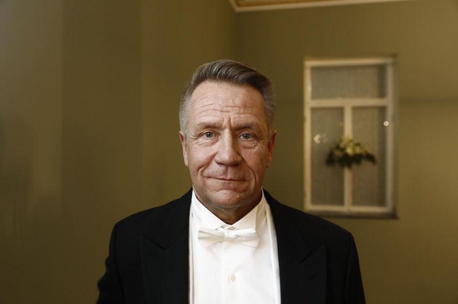 Yö-yhtyeen laulaja Olli Lindholm.
