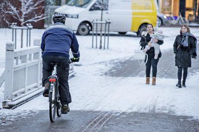 """Kunnon talvea ja pysyvää lunta ei vieläkään luvassa Oulun seudulla –""""Sää on syystalvista sahaamista"""""""