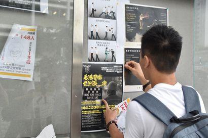 Mielenosoitukset muuttivat hongkongilaisten suhteen poliisiin – ennen vallitsi kunnioitus, nyt poliiseja vihataan syvästi