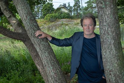Arvio: Suurien linjojen eeppisyys sopii fiktiivistä universumiaan kutovalle Kjell Westölle