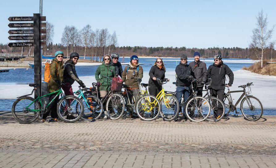 NSSS-festivaali eli Nysse rantautuu tällä kertaa Ouluun, sillä Oulun yliopiston ylioppilaskunnan sekakuoro Cassiopeia otti vastuulleen Suomen vuoron hoitamisen. Kuvassa Cassiopeia on on KeskiOlutPyöräilyllä.