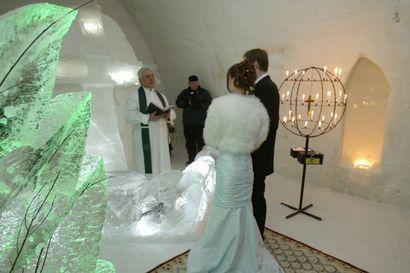 Pari paria vihille karkauspäivänä - helmikuun erikoispäivinä naimisiin intouduttiin Kemin maistraatissa ja Tornion seurakunnassa