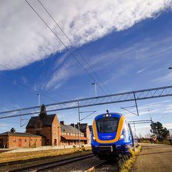 Ruotsin rata yhdistää Suomen Eurooppaan – Demarihallitus päätti viimein, että koko Norrbotnia-rata rakennetaan