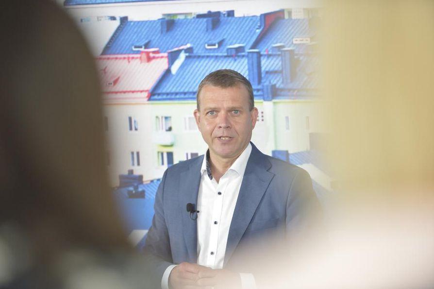 Kokoomuksen puheenjohtaja Petteri Orpo puhui tänään kokoomuksen johdon kokouksessa Turussa.